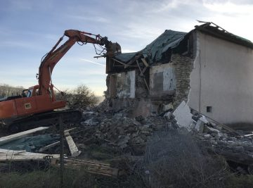 CHatilly demolition
