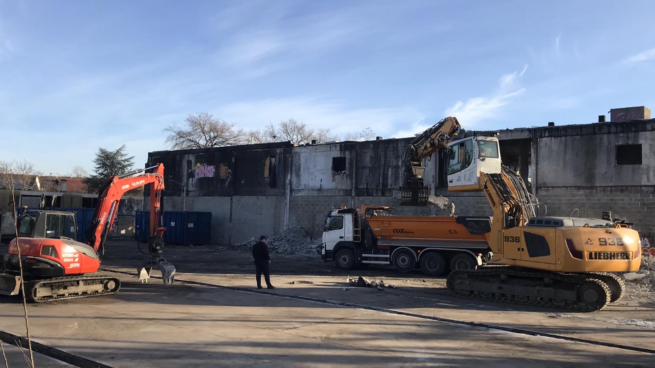 Engins demolition albertville